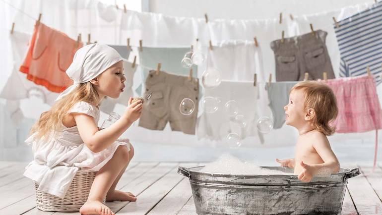 Junge Haut rundum geschützt  – mit den SKINECO Ziegenmilchseifen für Babys und Kinder